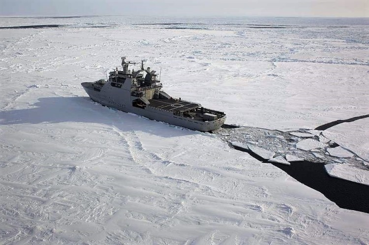 brise-glace NoCGV Svalbard