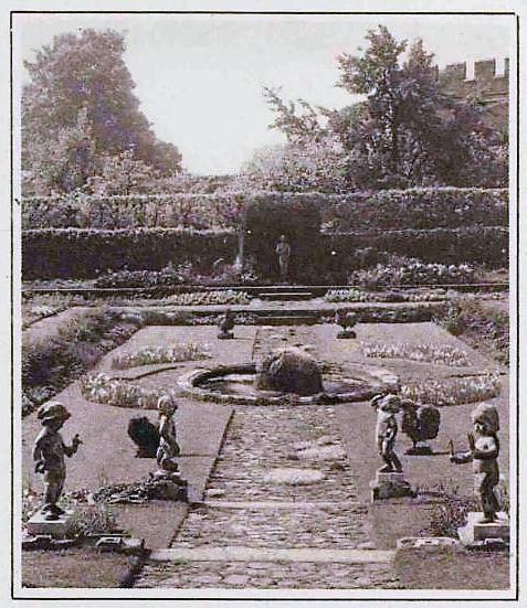 Hampton Court - Illustrated London News - 26 June 1926