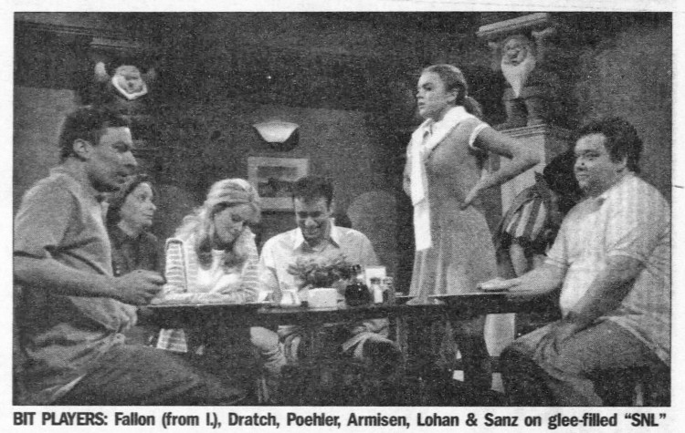 'Debbie Downer' Saturday Night Live 1 May 2004 - Daily News (New York City) - 4 May 2004