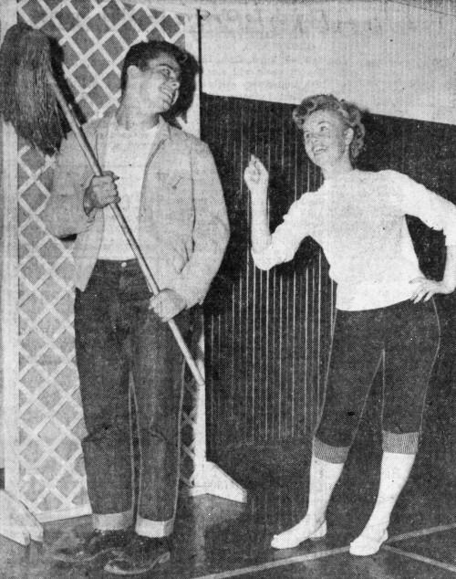 'that's the way the mop flops' - Tampa Morning Tribune (Tampa, Florida) - 2 November 1957